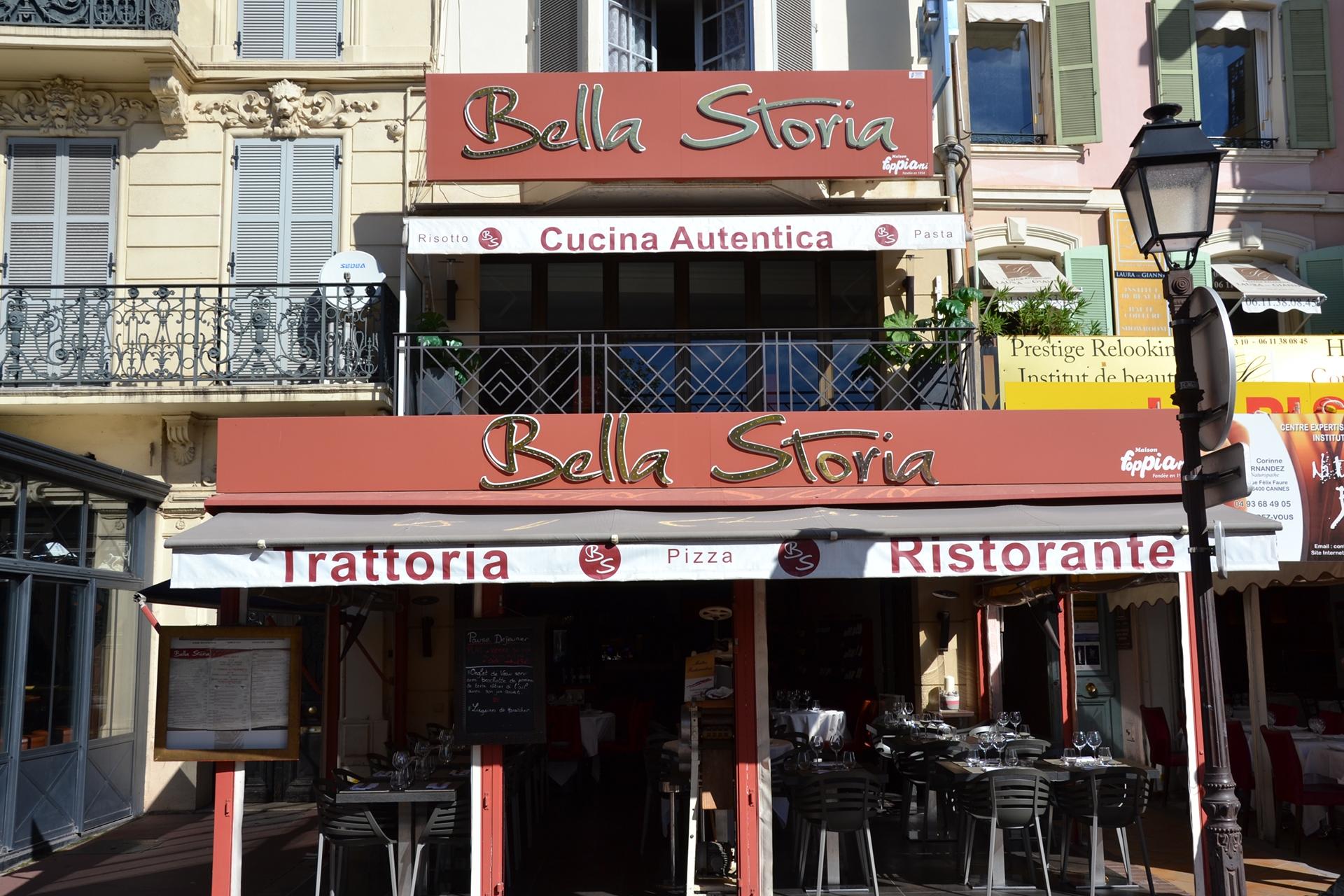 Entrée du restaurant italien bella storia cannes